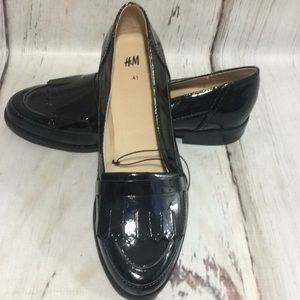H&M women's patent leather loafers black 9.5 new